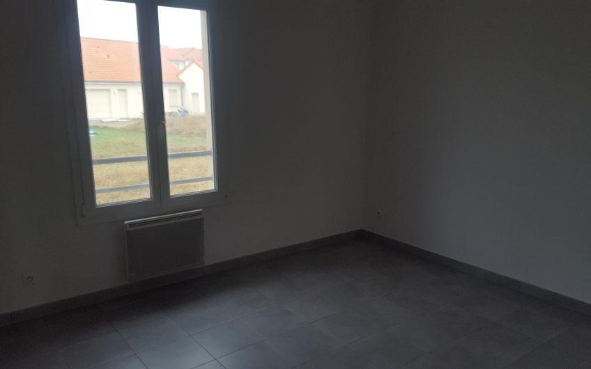 Maison à louer à RODEMACK (FR)